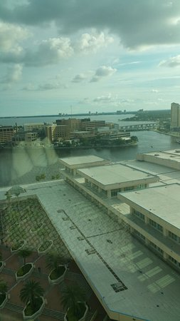 Embassy Suites by Hilton Tampa - Downtown Convention Center: TA_IMG_20160723_184801_large.jpg