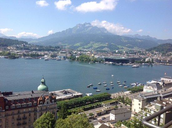 Art Deco Hotel Montana Luzern: Lake view