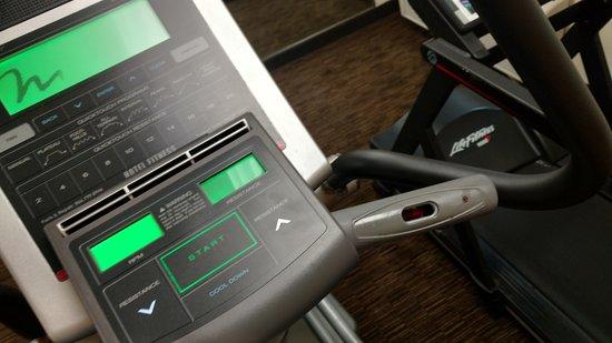วิลโลว์บรูก, อิลลินอยส์: Fitness center elliptical