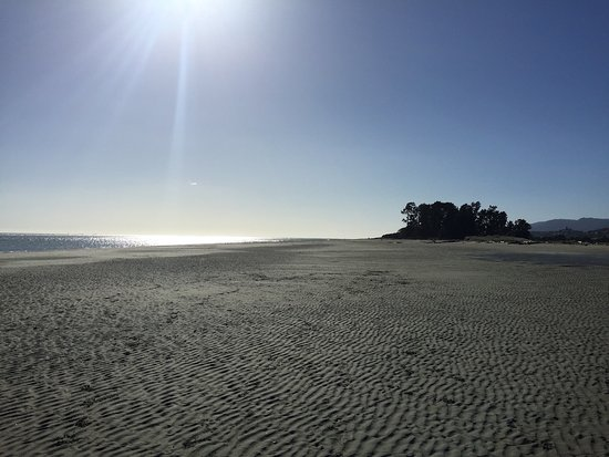 Нельсон, Новая Зеландия: Tahunanui Back Beach tides out