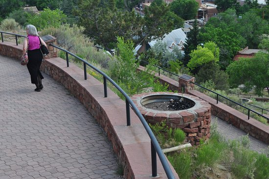 Old Fort Marcy Park: Nicely executed construction