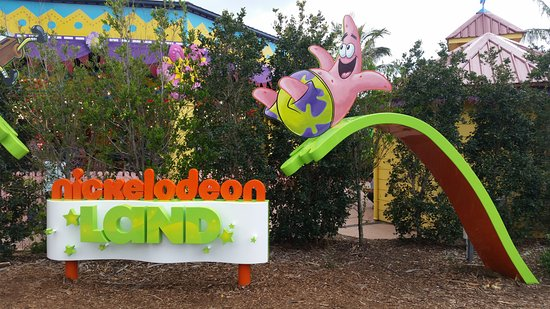 Main Beach, Australia: Nickelodeon land
