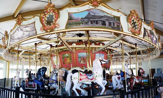 The Berkshire Carousel