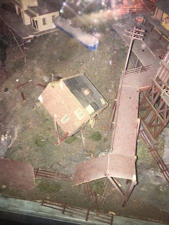 Flemington, NJ: Collapsed building.