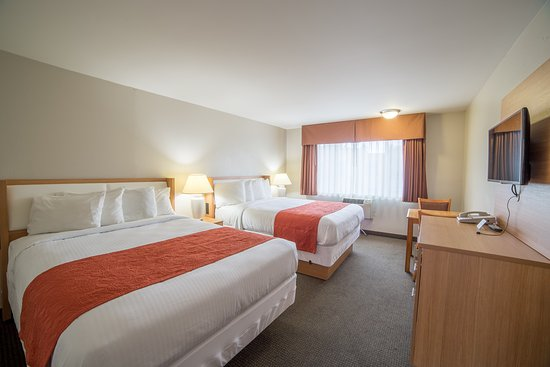 Aladdin Inn and Suites: Guest Room, 2 Queen Beds