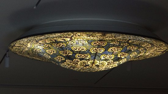 Winter Park, FL: amazing ceiling lamp in the new wing