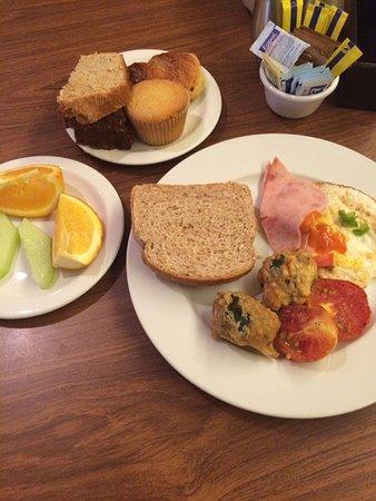 Courtyard Bridgetown, Barbados: Sample of breakfast items.