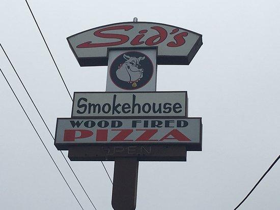 Aptos, CA: Good sized sign