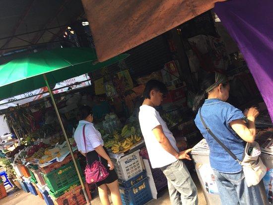 Yu Charoen Market