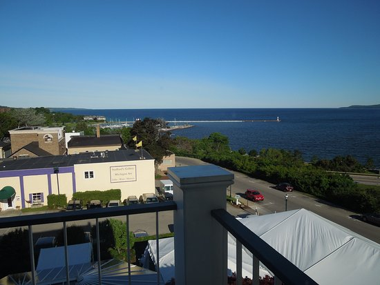 Petoskey, MI: Grea tview from out balcony