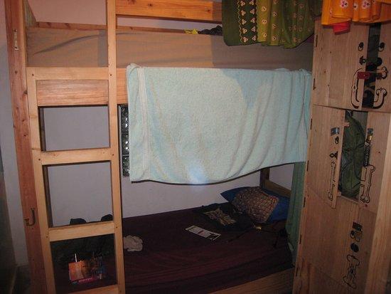 good karma yogyakarta mon lit en bas avec mon casier - Lit Bas