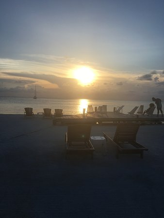 Iguana Reef Inn: photo0.jpg