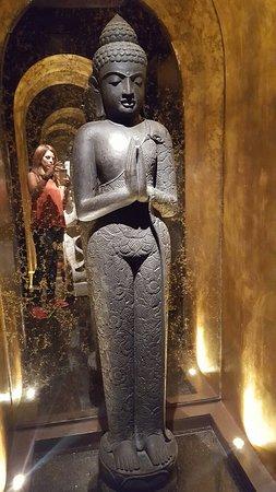 Sanctuary Hotel New York: 20160615_195328_large.jpg