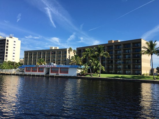 North Fort Myers, FL: BEST WESTERN Fort Myers Waterfront
