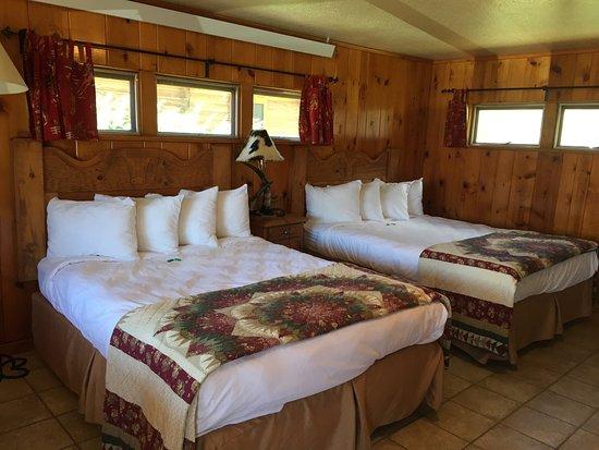 Dubois, Wyoming: The Longhorn Ranch Lodge & RV Resort