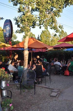 El Prado, Nuevo Mexico: Pleasant outdoor courtyard