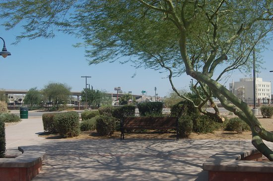 Yuma, AZ: the parking lot