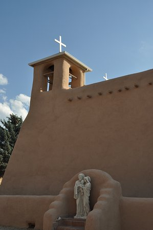Ranchos De Taos, Nuevo México: North side of church