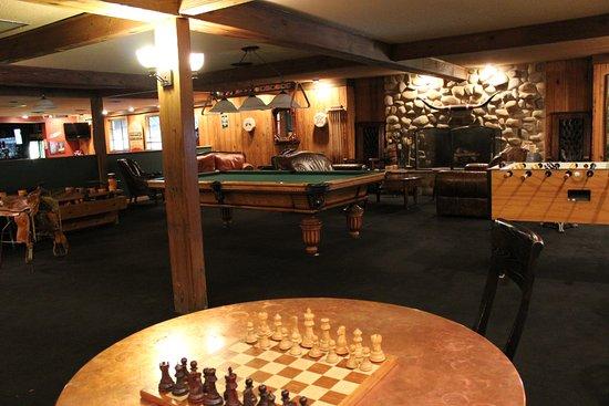 Saratoga Resort & Spa: Common area
