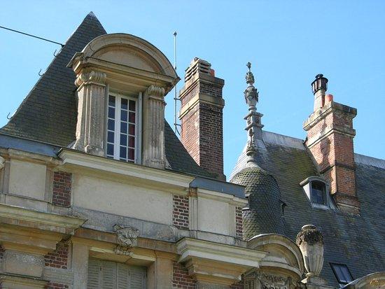 Верхняя Нормандия, Франция: tourelle gauche vue façade