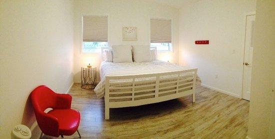 Cawston, Canadá: Suite #1 - Bedroom