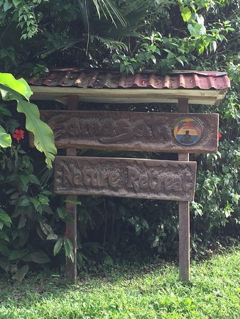 Samasati Retreat & Rainforest Sanctuary: front get sign, down the road,... keep going...
