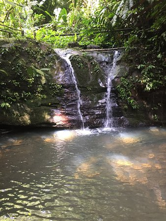 Samasati Retreat & Rainforest Sanctuary: hike to the waterfalls, it is so refreshing!