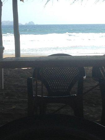 Playa Blanca, المكسيك: Restaurant el marlyn en playa blanca excelente y muy económico 