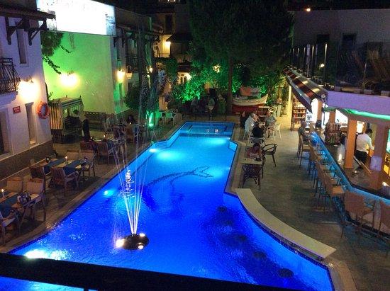 Hotel Istankoy Bodrum: First floor pool view