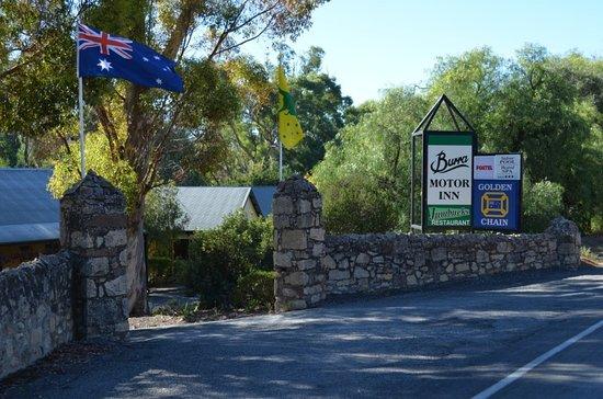 Burra, Australien: Motel Entrance