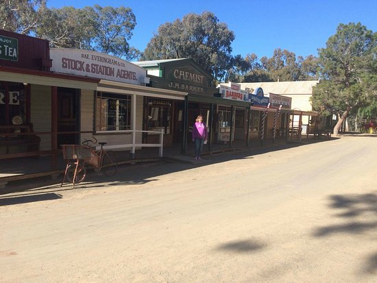 Swan Hill, Australia: Group of shops