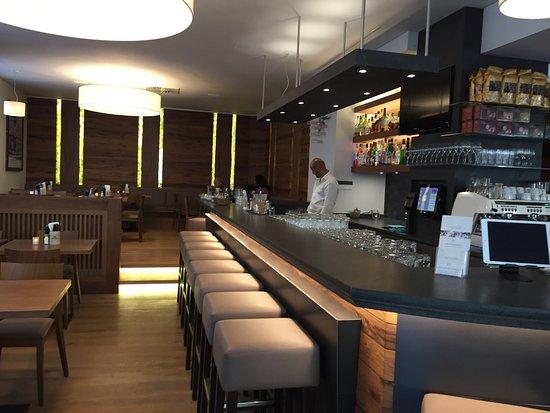 Cafe Neuhauser: photo0.jpg