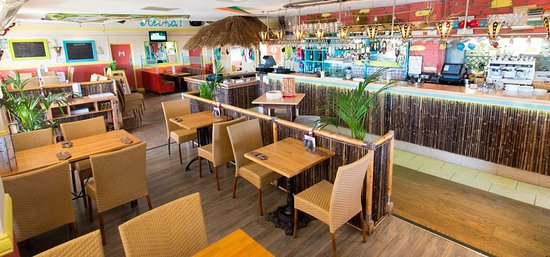 Castel, UK: Restaurant Interior