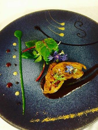 Flagey-Echezeaux, Frankrike: Foie gras poêlé au poivre de cassis