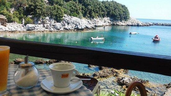Муреси, Греция: best coffee view