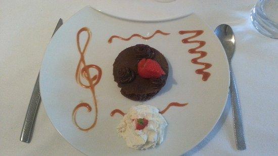 Gace, Γαλλία: Croustillant au chocolat