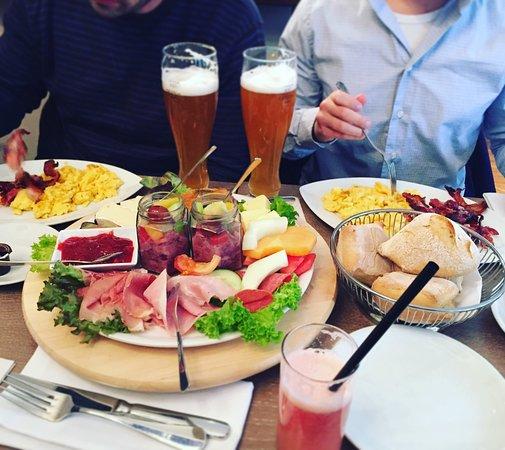 Mövenpick Hannover Kröpcke: Завтрак
