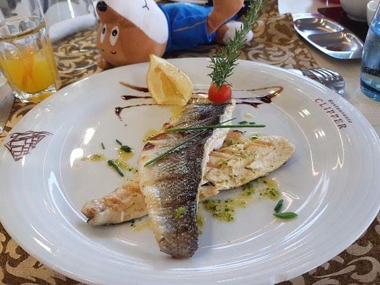 The Clipper : Fine dining fish...