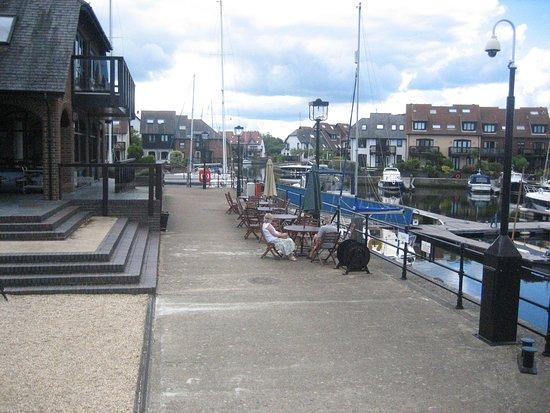 Hythe, UK: Uitzicht naar links