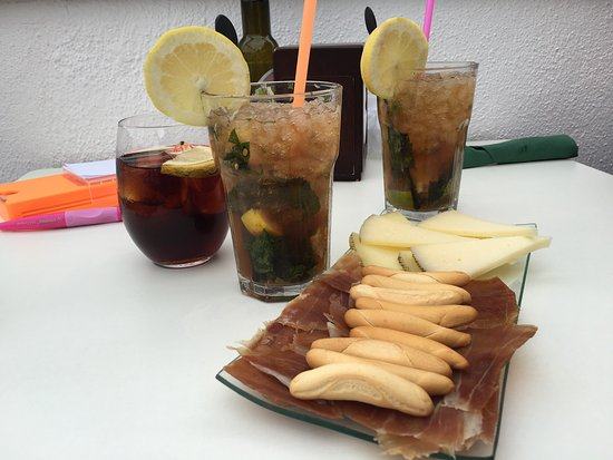 Cocktails and tapas at Luck cocktail bar in Benahavis