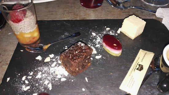 Meudon, ฝรั่งเศส: Les desserts