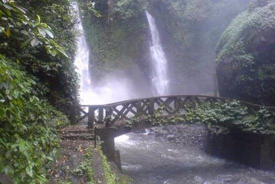 Томохон, Индонезия: amazing