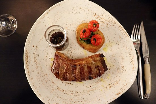 Double Bay, Australië: O'Connor Pasture-Fed New York Steak ($32/220gm)