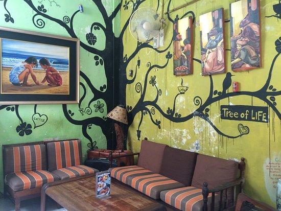 Calanthe Art Cafe: Wall Art4