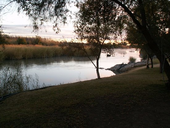 Upington, South Africa: Orange river at Oranjerus