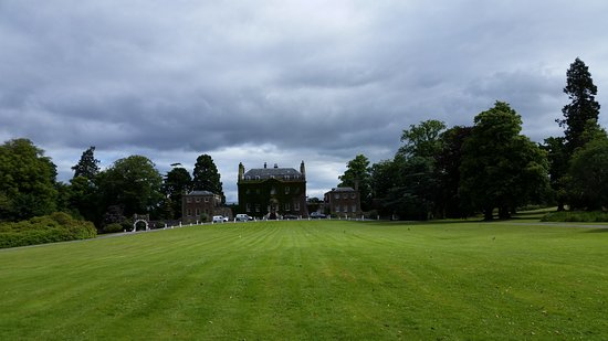 Culloden House: Hotel Grounds