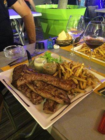 Dardilly, France: assiette carnivore