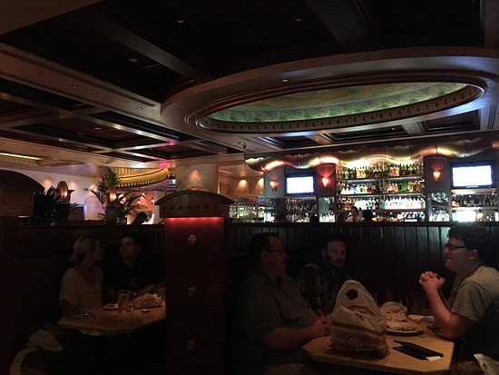 The Cheesecake Factory: Sala