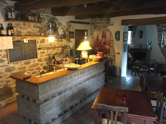 Bio Agriturismo Il Vigno: The dining area - degustation menu served 4 nights a week and breakfast served here every mornin