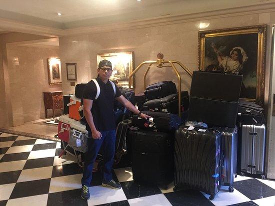 Hotel Grande Bretagne, A Luxury Collection Hotel: Concierge area